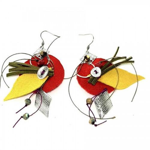 Χειροποίητα σκουλαρίκια κόκκινο - κίτρινο δέρμα χακί λεπτομέρειες