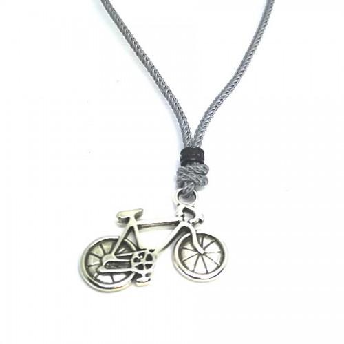 Χειροποίητο Ανδρικό Κολιέ με Μεταλλικό Ποδήλατο περασμένο σε μοντέρνο κορδόνι με μπίλια αυξομείωσης μεγέθους σε 3 χρώματα