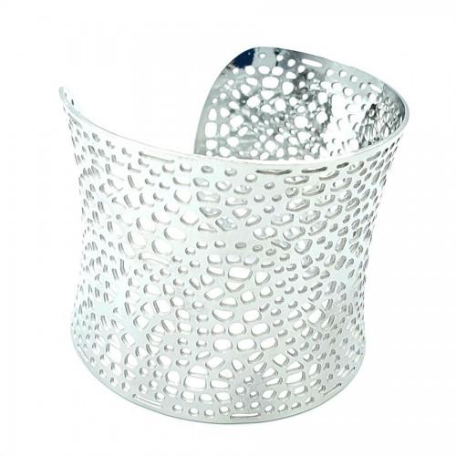 Διάτρητο φαρδύ βραχιόλι από ατσάλι silver 5.5cm